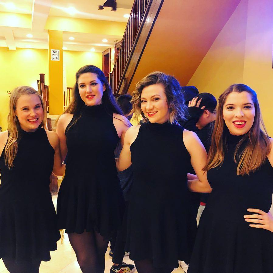 Group-Girls.jpg