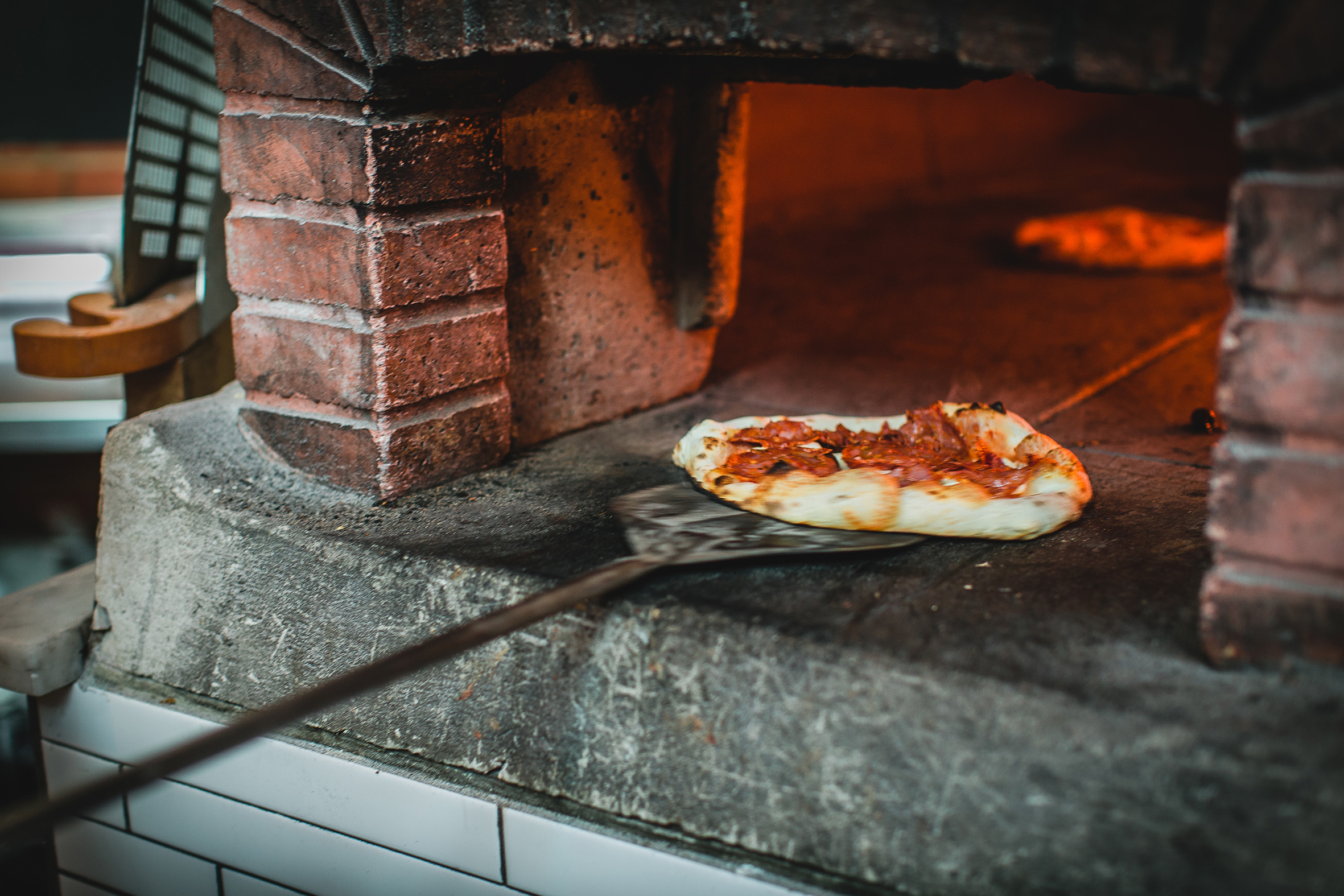 The-Epicurean_Pizza-Oven_Regional-Dining_Fresh-Local-Produce.jpg