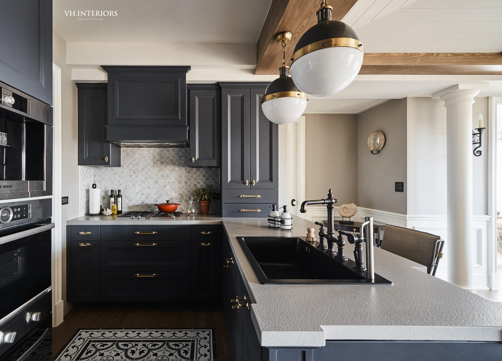 VH_ApartmentWithDog-460.jpg