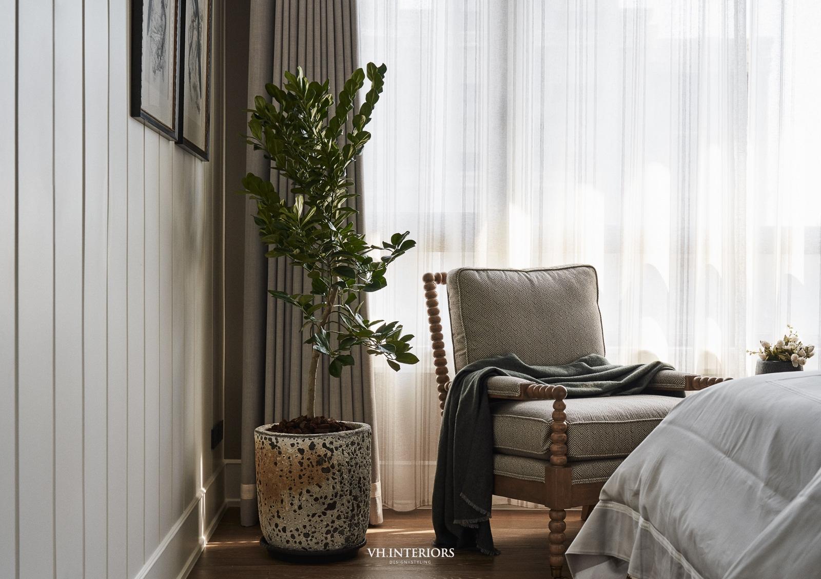 VH_ApartmentWithDog-490.jpg