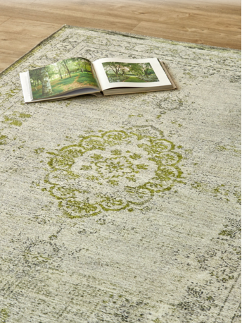 Weathered Heirloom Type Rug Green