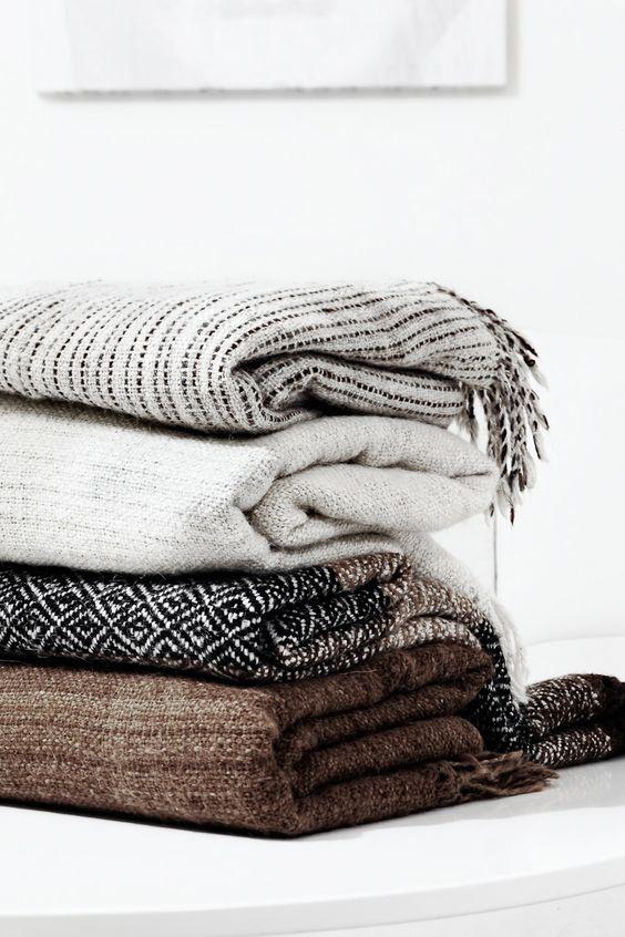designer blankets blankets n more.jpg