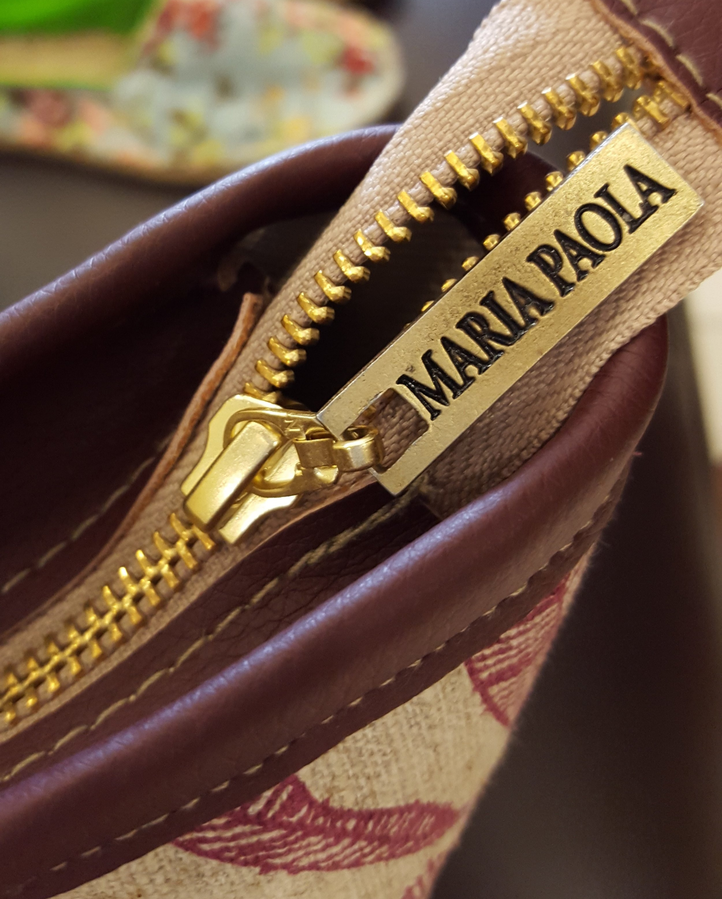 Quality Hand Made Maria Paola Handbags_Zip.jpg