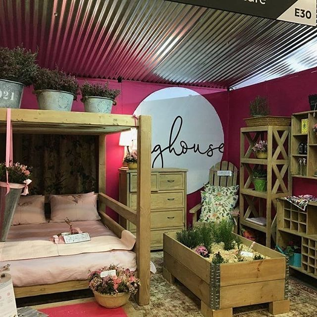 5 Yummiest Mummy Things I Saw At Decorex Johannesburg 2018⠀ ⠀ I attended day 1 of Decorex Johannesburg 2018 on Wednesday and as mentioned in my post about the latest decor trends you could expect to see there, I was looking at this year's show through the eyes of someone who both works and mothers from my designed space - the home.  I've highlighted a couple of things my motherly heart thoroughly enjoyed below and if you didn't manage to catch the show, I hope you enjoy them too.⠀ ⠀ Click on the link to the full article in my bio to read all about #1 and what you're teaching your children about their roots!⠀ ⠀ #1 The One Design At Decorex That Will Pull At Any Mothers' Heartstrings ⠀ #2 She Shed⠀ #3 Trendy Taps and Accessories⠀ #4 Zaya Crocheted Children's Toys⠀ #5 SMTHG GOOD Cotton Artwork Blankets