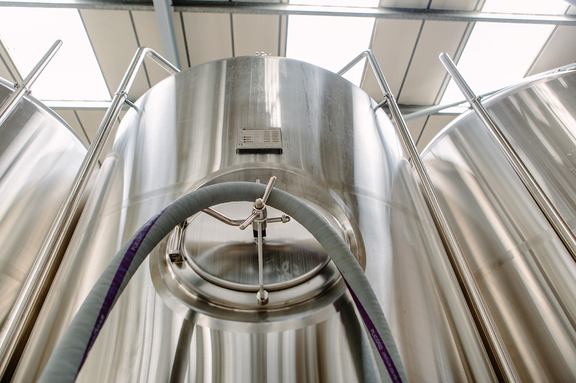 Cloudwater_brew_Co_011_fementing_tanks.JPG