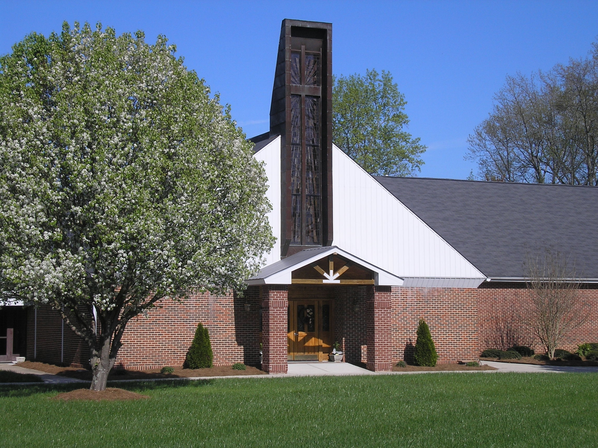 Our current church. Built in August 1, 1971 and the first service was held January 23, 1972 to present.