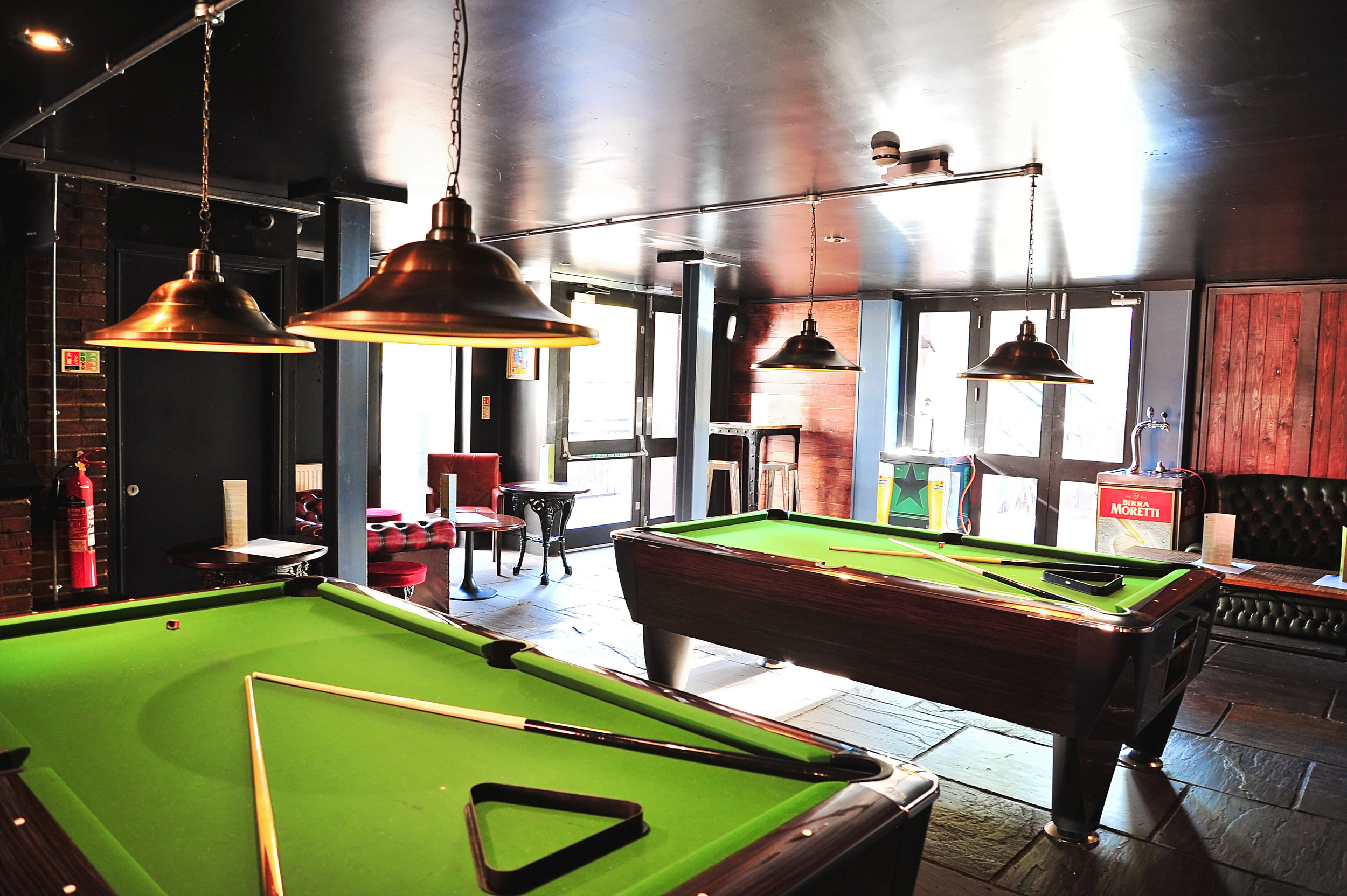 Sunday madness at parkside tavern - Free pool and darts all sunday. Be sure that you make a booking to ensure a spot on a table or at the oche. Free time is limited to one hour.