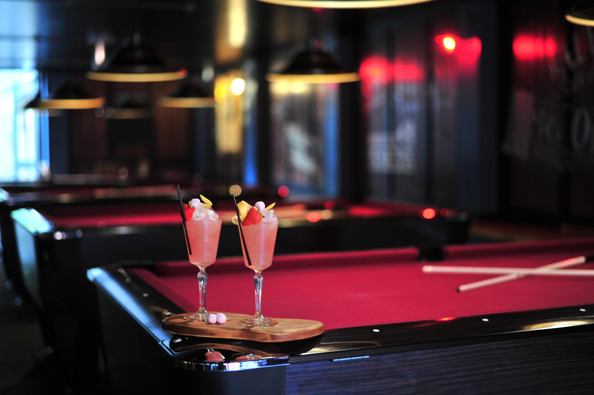 Play Pool -