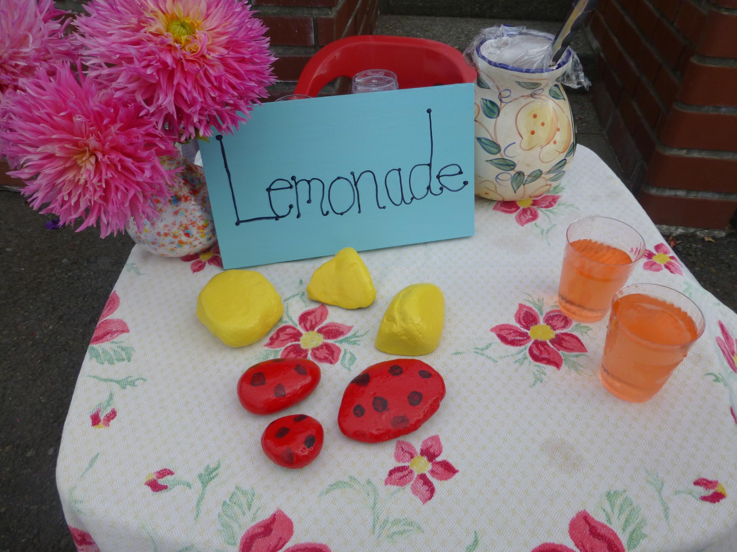 Get your fresh lemonade!