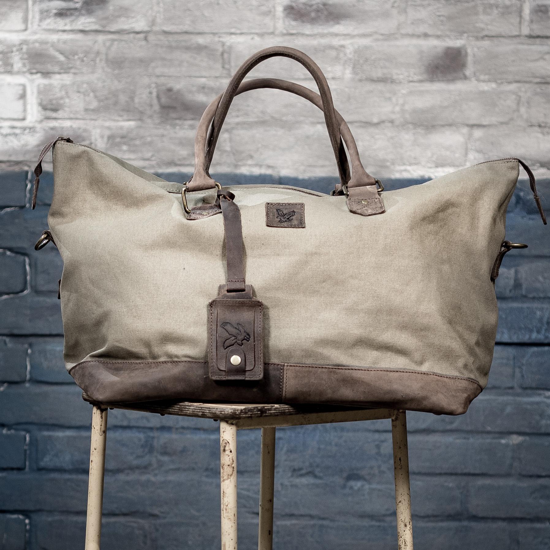 LYLE & SCOTT BAG.jpg