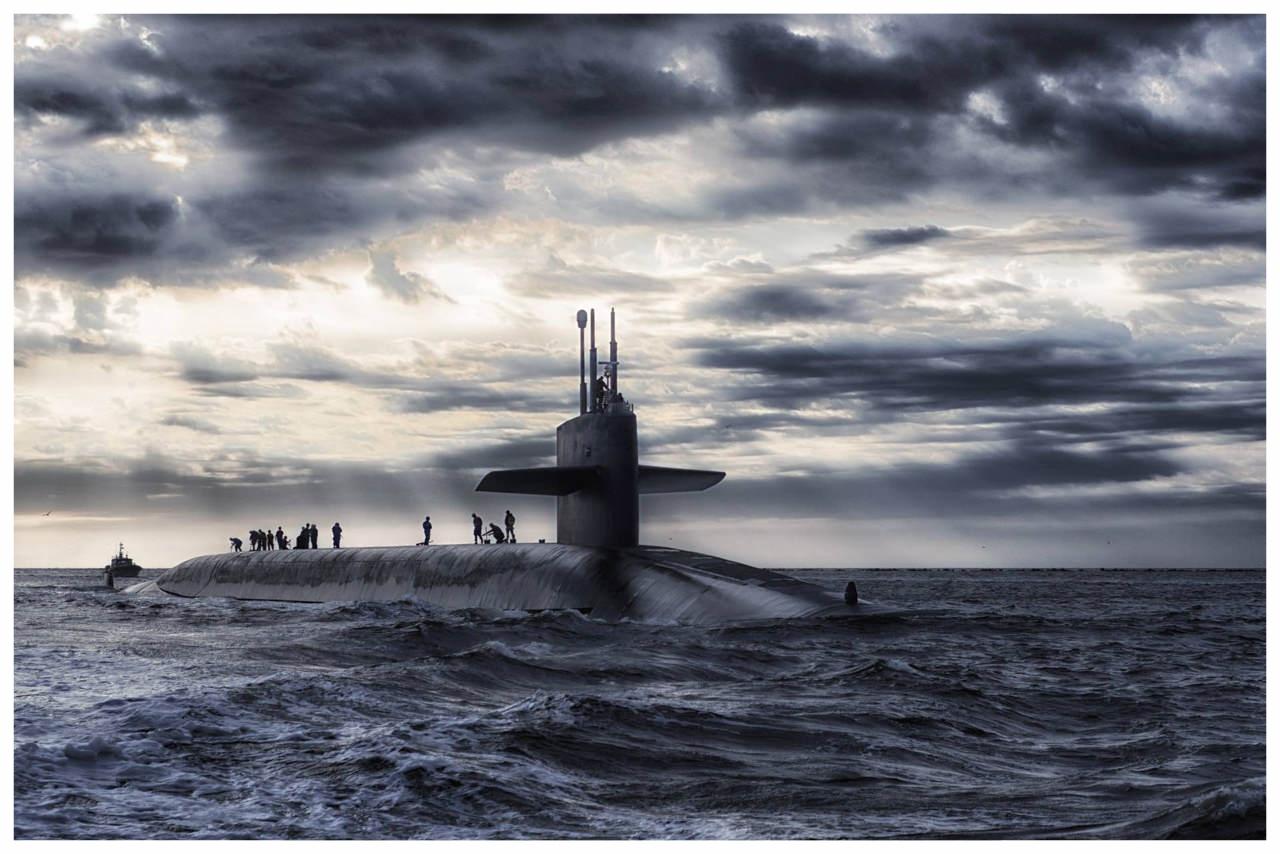 submarine-boat-sea-ocean-67575.jpg