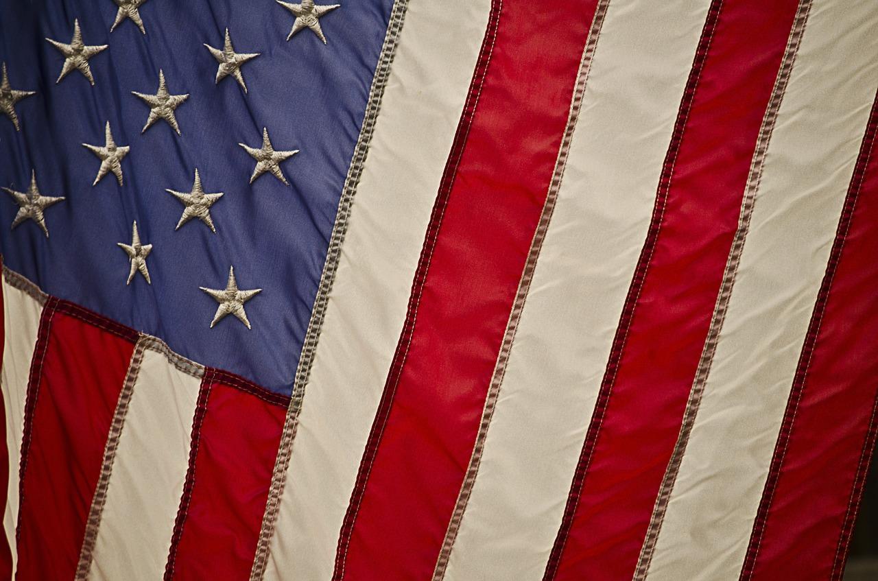 USA Flag vertical.jpg