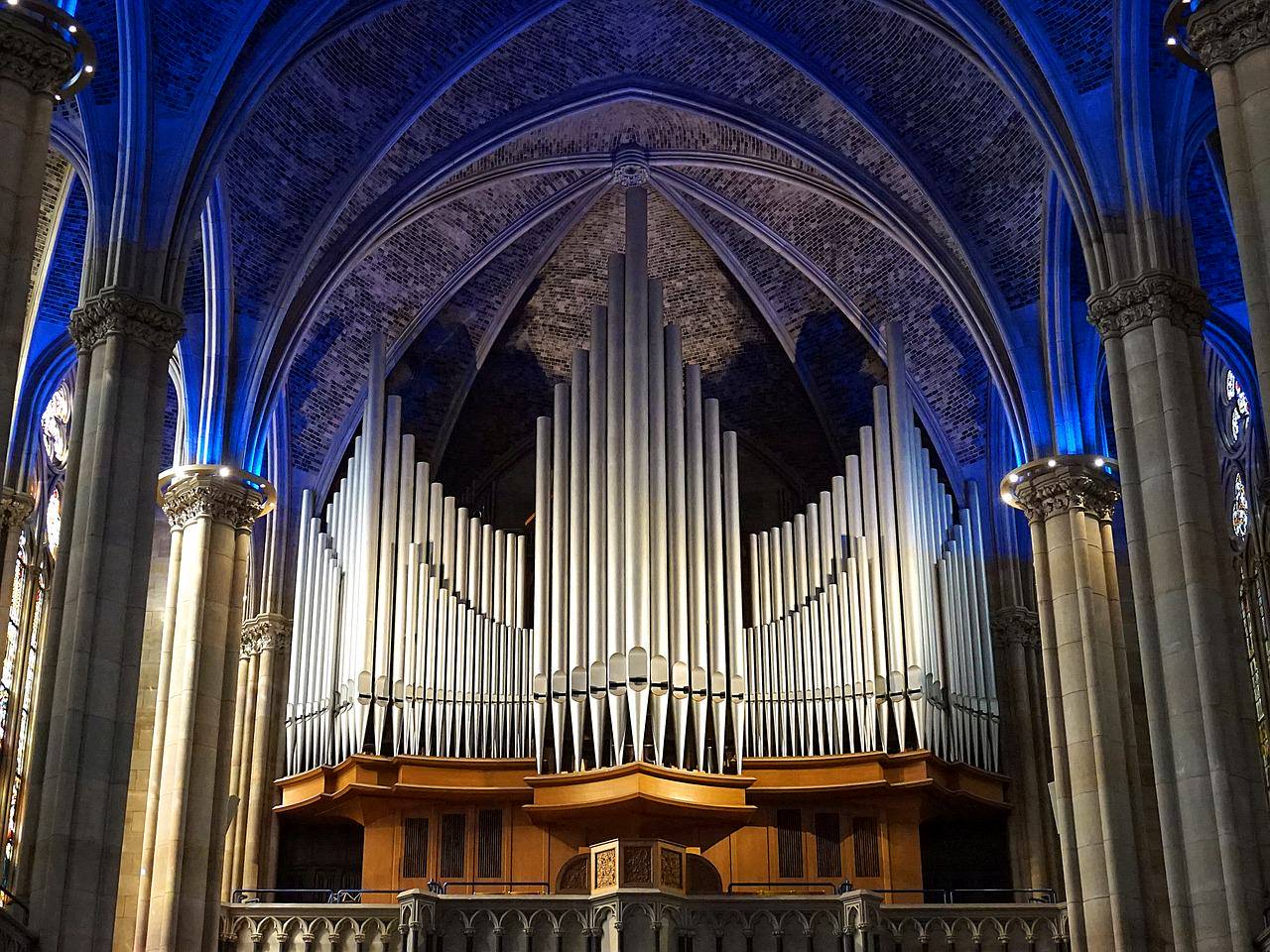 Church Organ.jpg