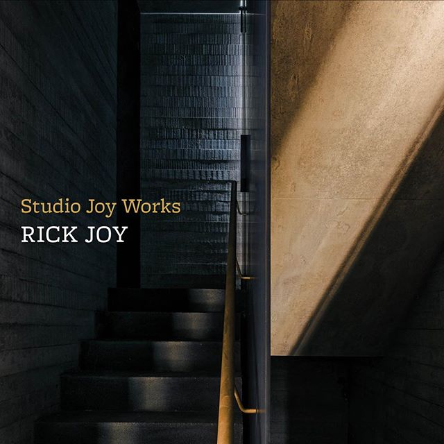 As a firm, we had the opportunity to sponsor and attend the Rick Joy lecture at the Dallas Museum of Art last night. Throughout his career, Joy has done a magnificent job of incorporating the landscape into his architecture. Joy has maintained a steady thoughtfulness to let form follow the experience in his design. Following the lecture, we had the privilege to join Joy for dinner, capping off an incredible evening of learning from one of the country's finest architects. @rrrrickjoy  #studiorickjoy #contempraryarchitecture #universityofarizonaalumni #frankwelch #arizonaarchitecture