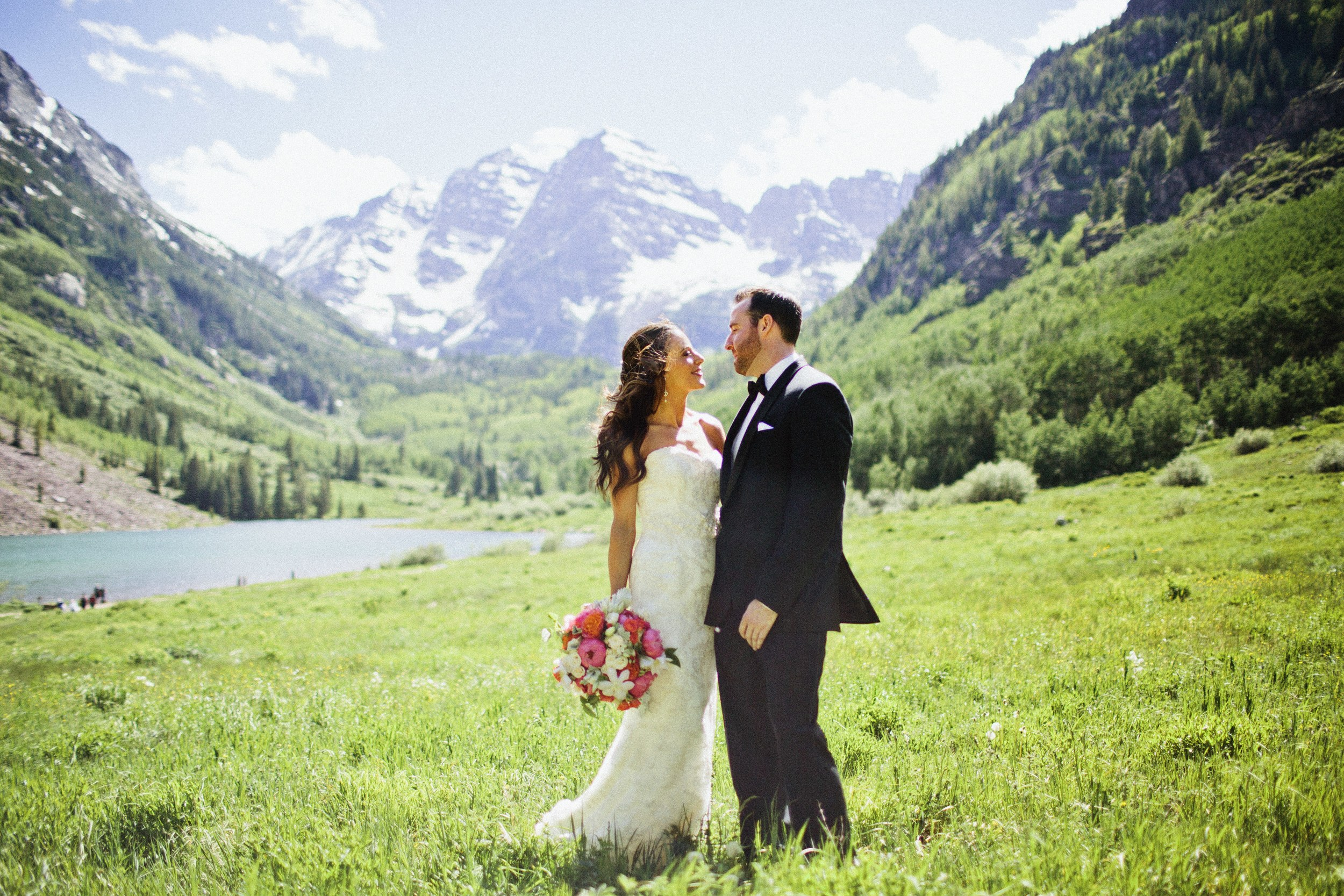 Melissa | 2014 | The Maroon Bells | Aspen, Colorado |  Happy Confetti Photography