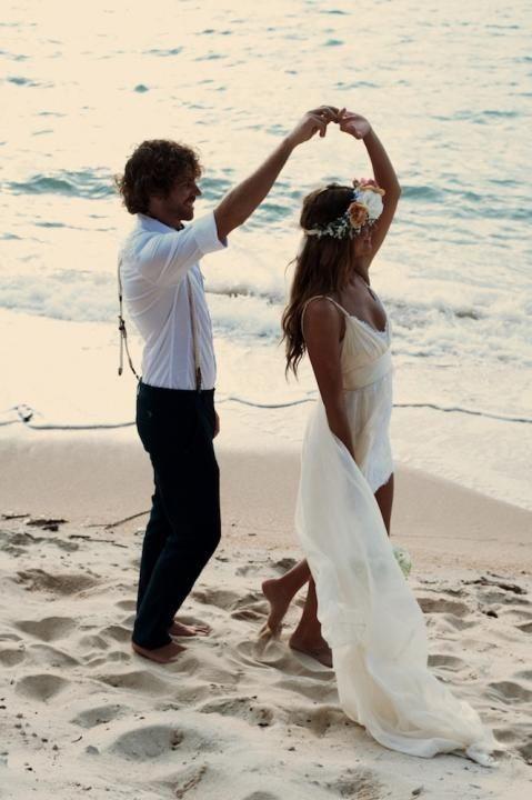 Dancing on the beach - barefoot boho wedding