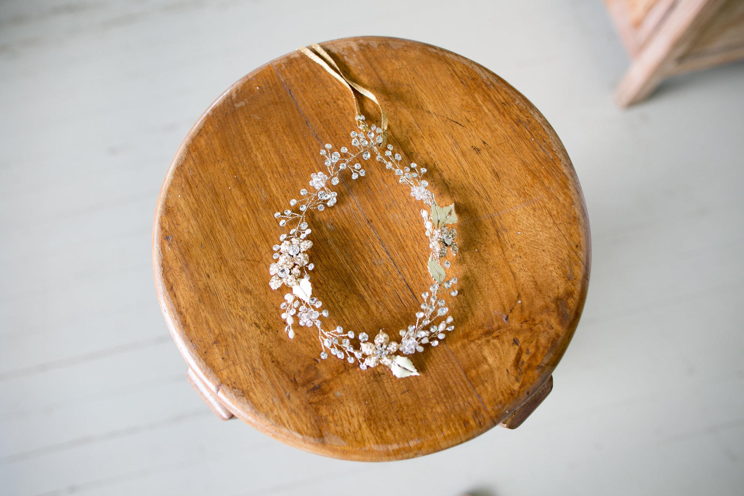 Twigs & Honey hair vine from Little White Dress in Denver | Joanna Tano Photography