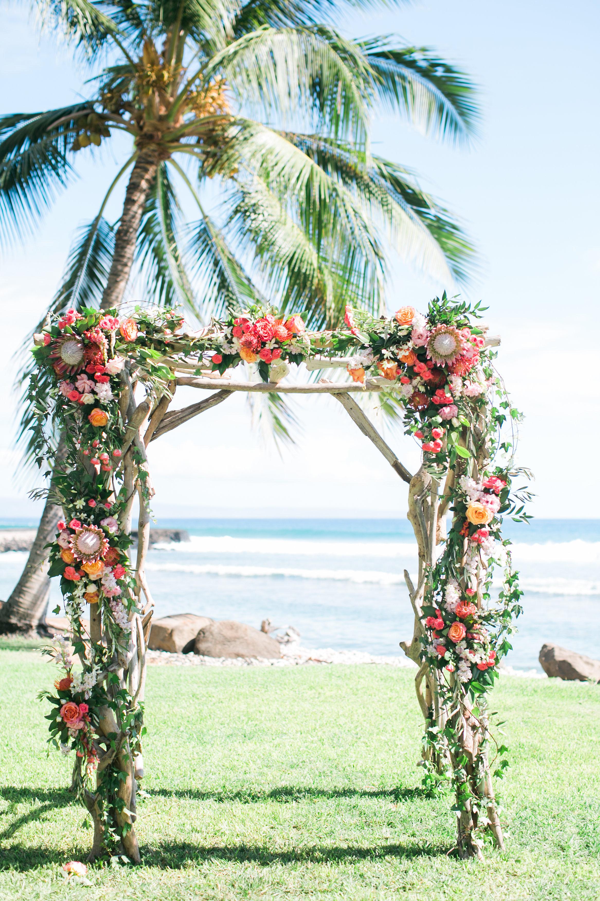 Beach wedding ceremony arch | Joanna Tano Photography