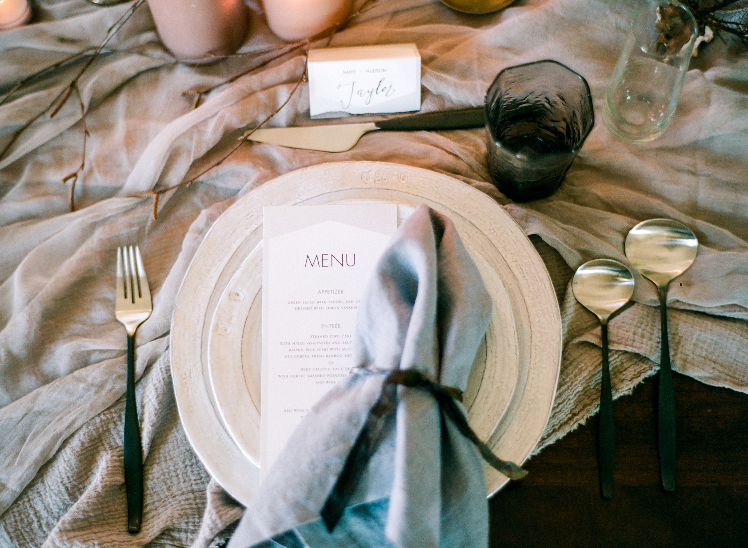 Modern_Organic_Denver_Wedding_Inspiration_by_Connie_Whitlock_192.jpg