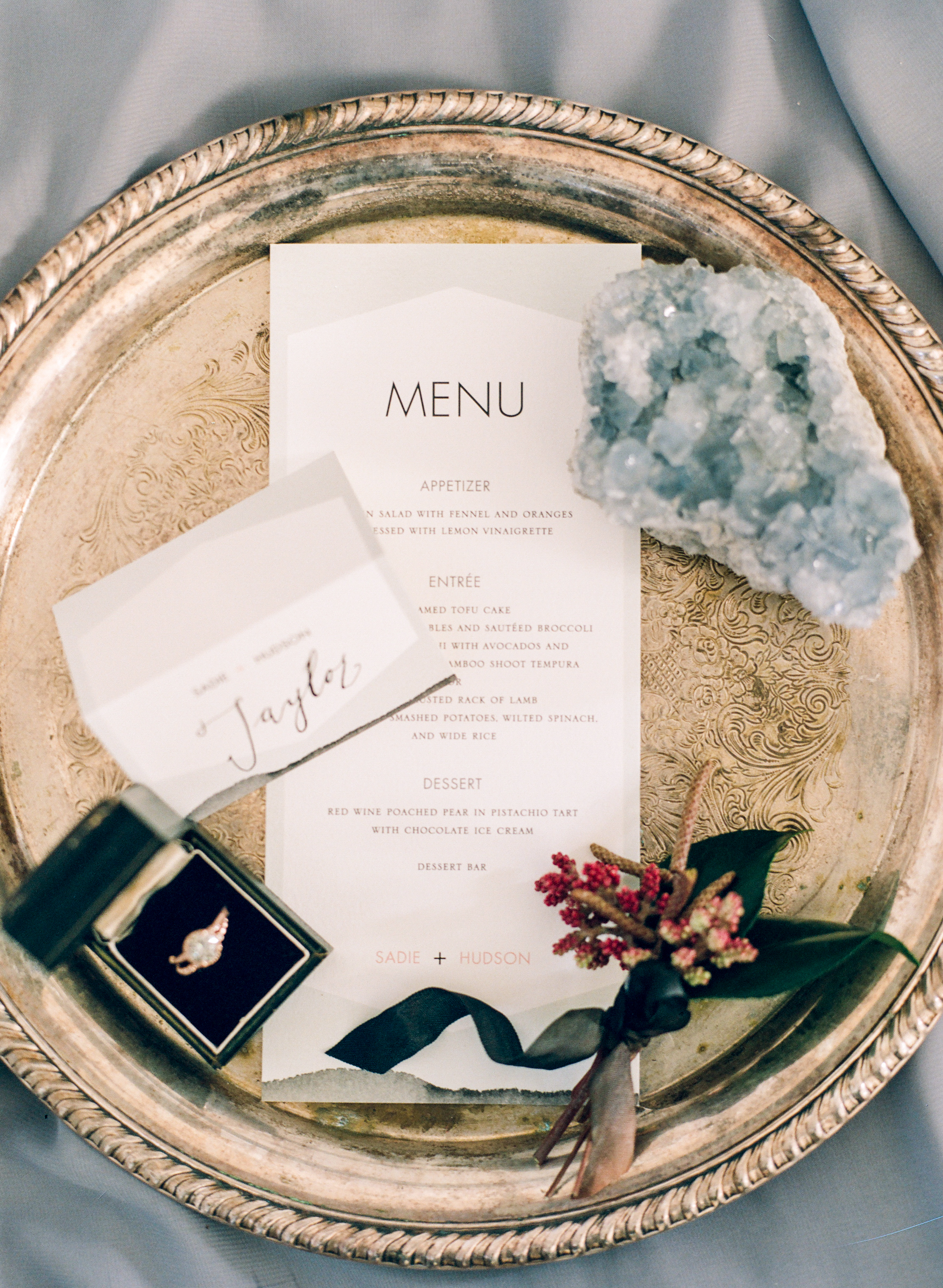 Modern_Organic_Denver_Wedding_Inspiration_by_Connie_Whitlock_202.jpg