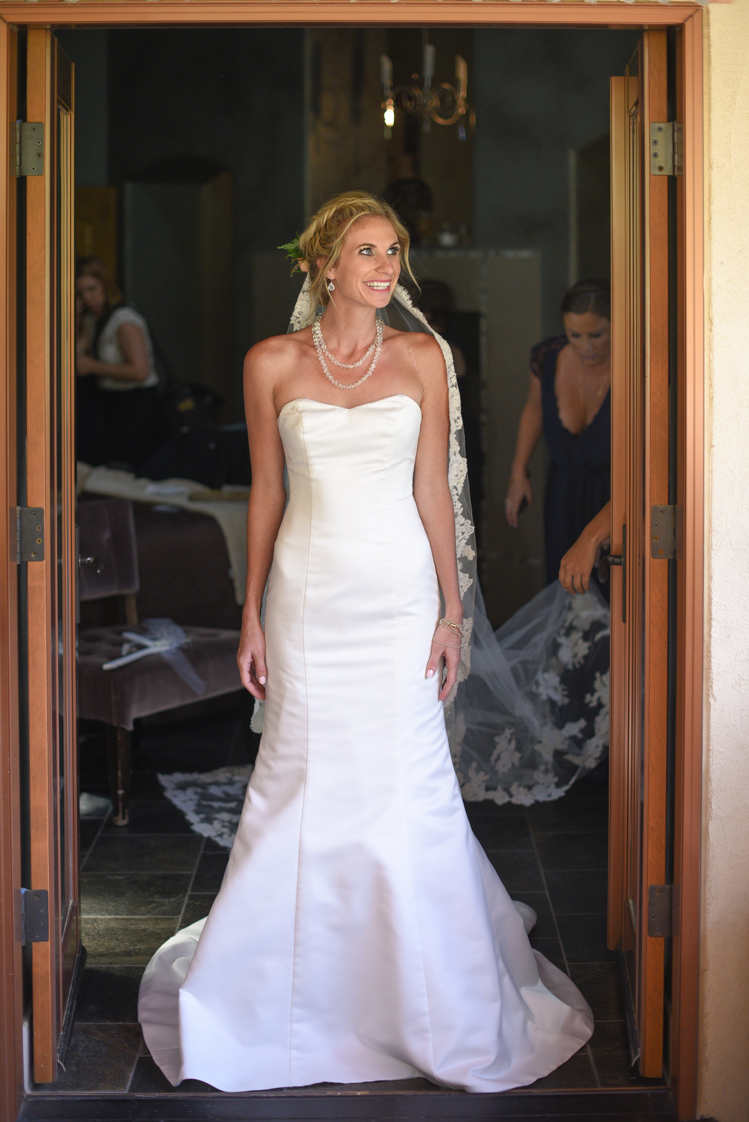 """Kellie + Rob   Della Terra Mountain Chateau   wedding gown """"Sarah"""" by Robert Bullock Bride and belt """"Francine"""" by """"Sassi Holford""""   Laura Murray Photography"""