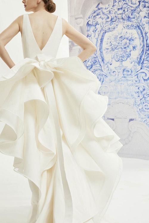 Carolina Herrera Little White Dress Bridal Shop Denver Colorado S Best Designer Wedding Dresses And Accessories,Badgley Mischka Wedding Dress