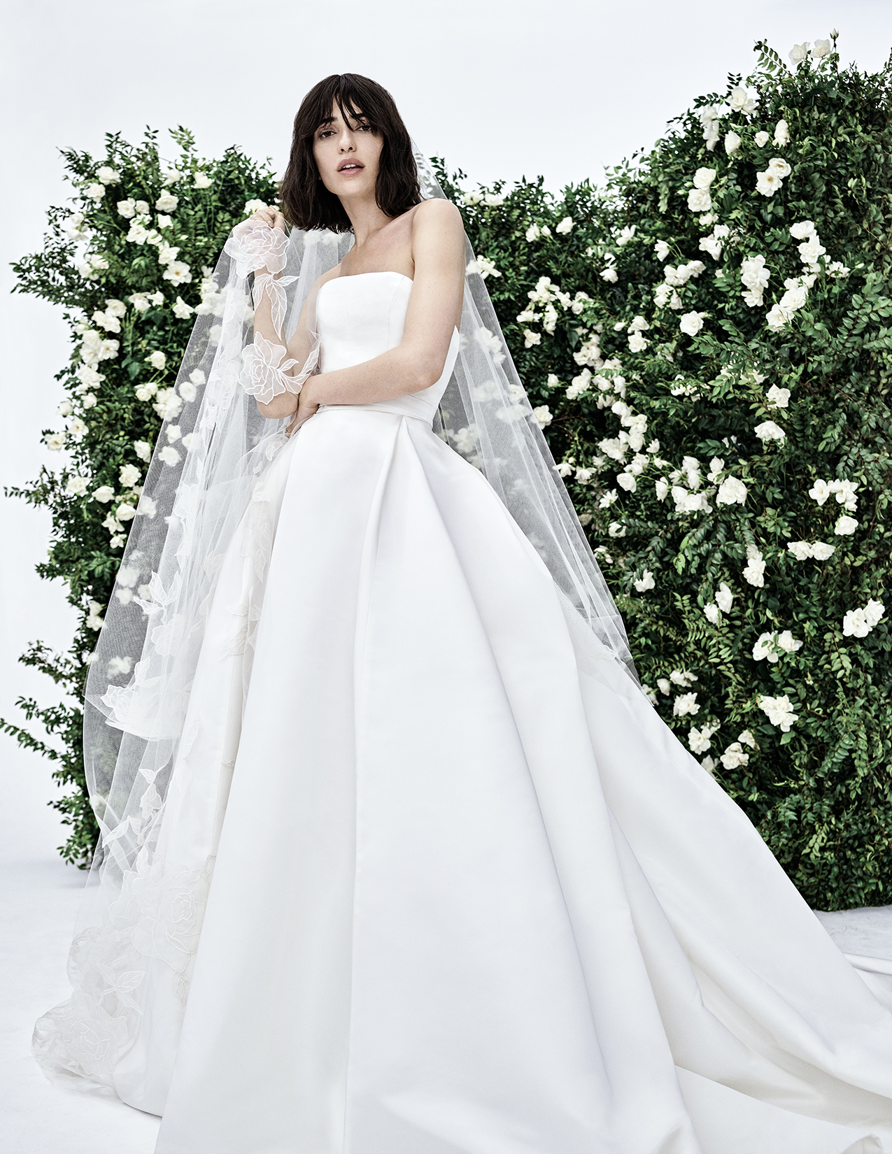 CHNY_SP20_BRIDAL_LONDON_NONEMBROIDERED_S2021N700SFA_F-2.jpg