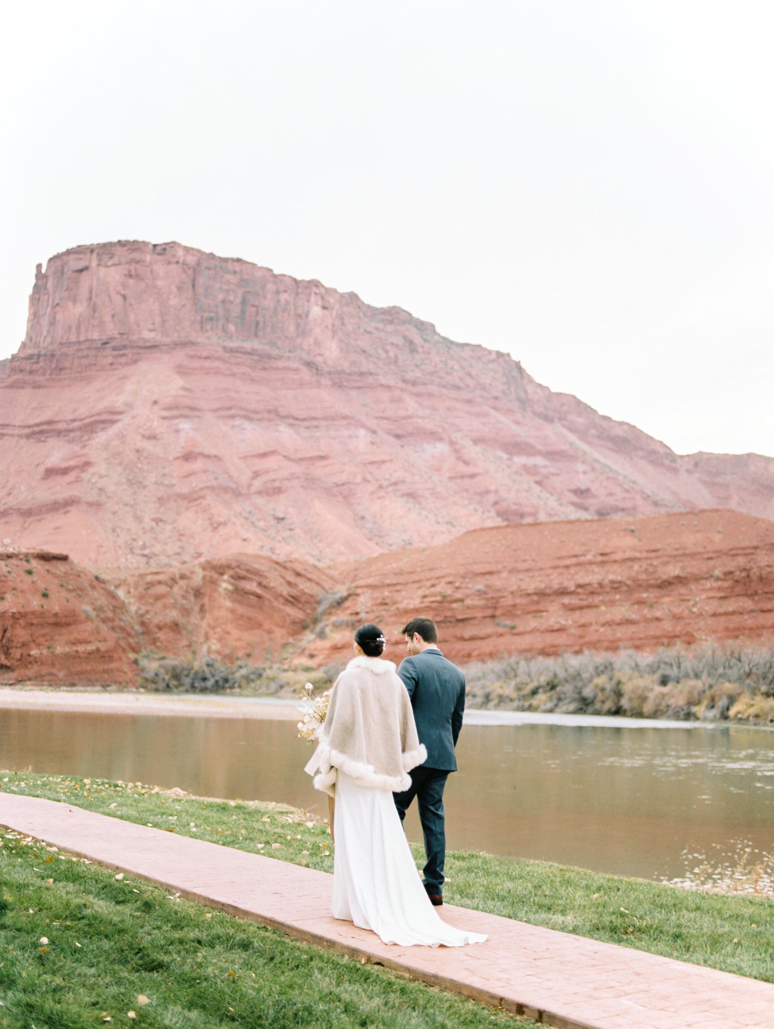 Victoria and Zach Sorrel River Ranch Wedding 243.jpg