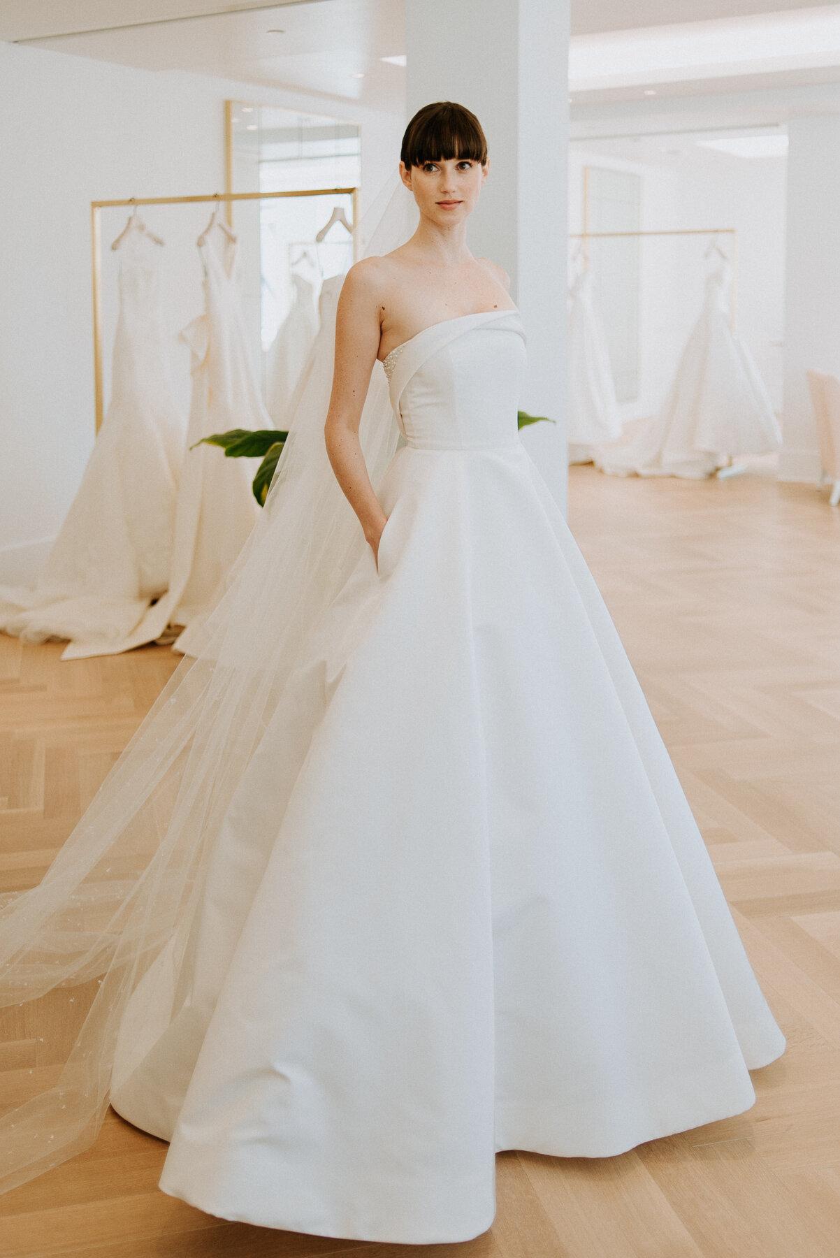 Carolina Herrera Wedding Dresses Outlet 63 Off Newriversidehotel Com