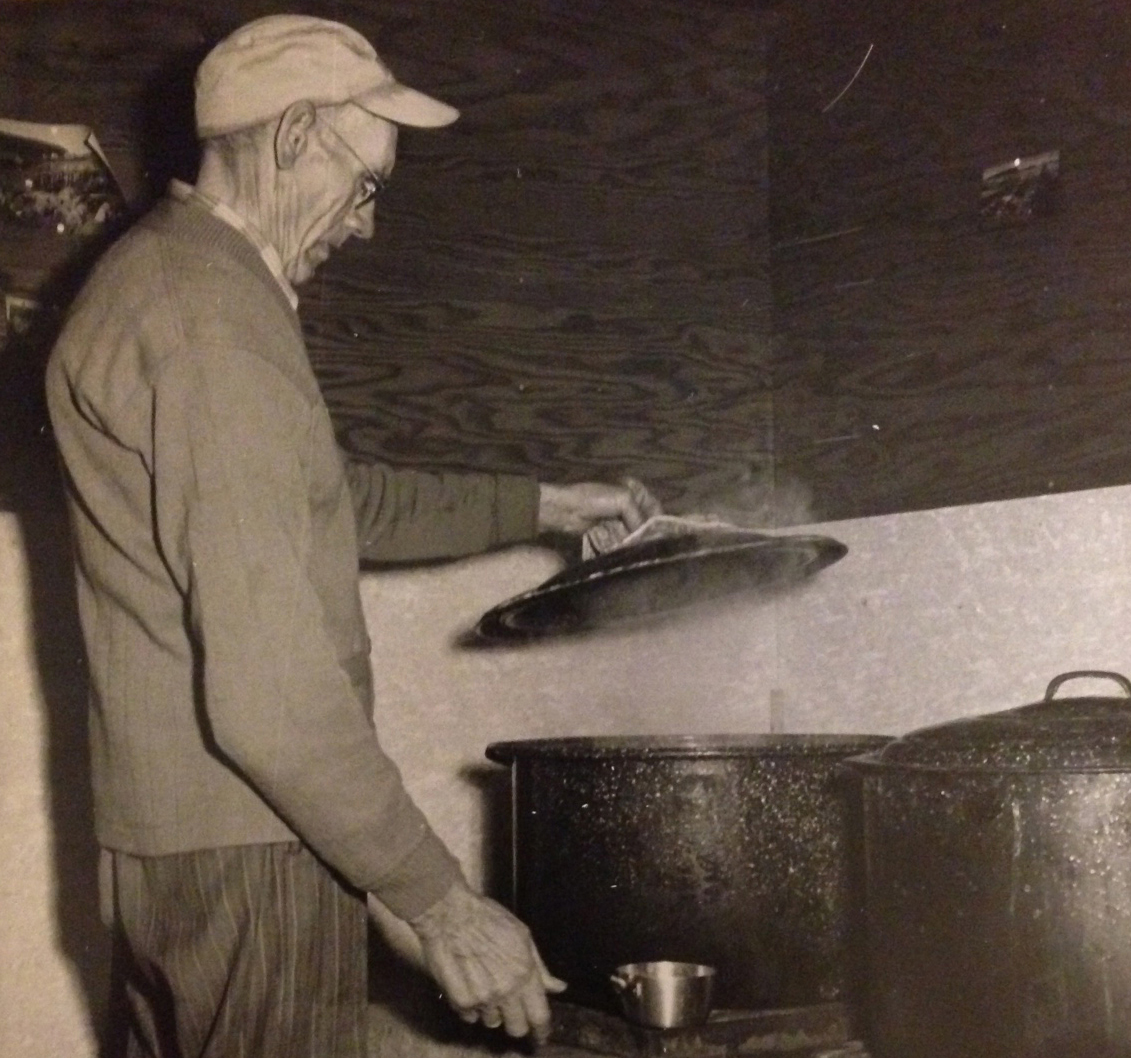 Herb Witham boiling lobster
