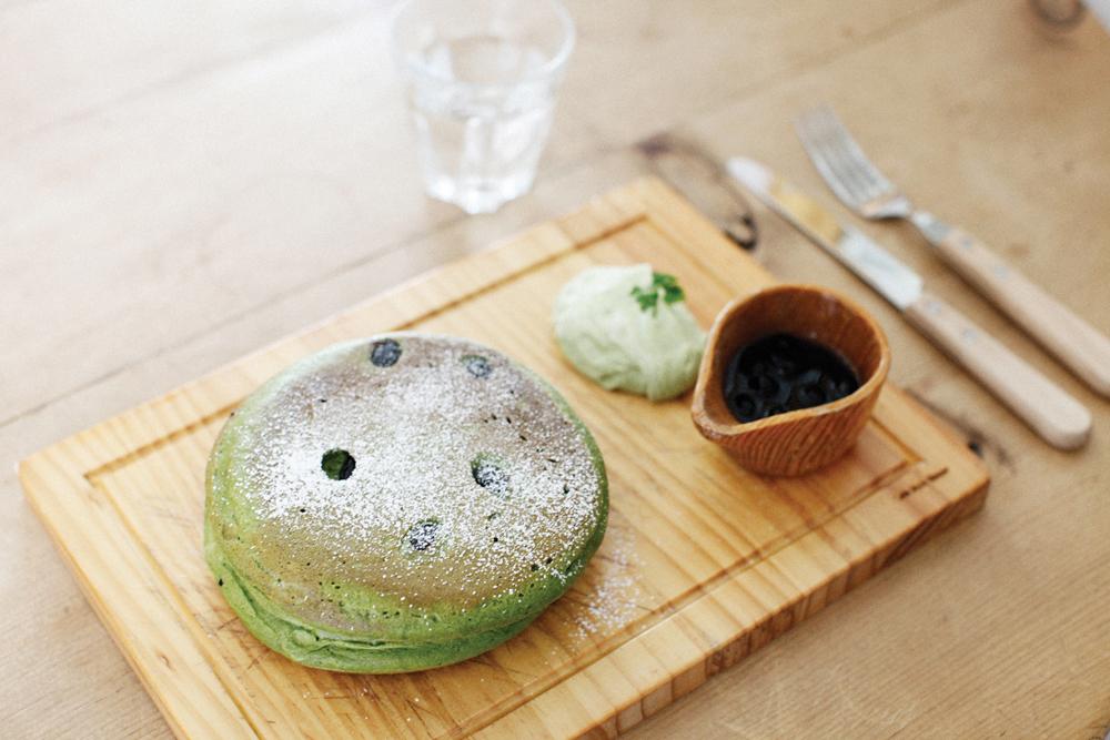 Photo taken by me. Matcha green tea pancakes at SAGANOYU, Arashiyama, Kyoto.