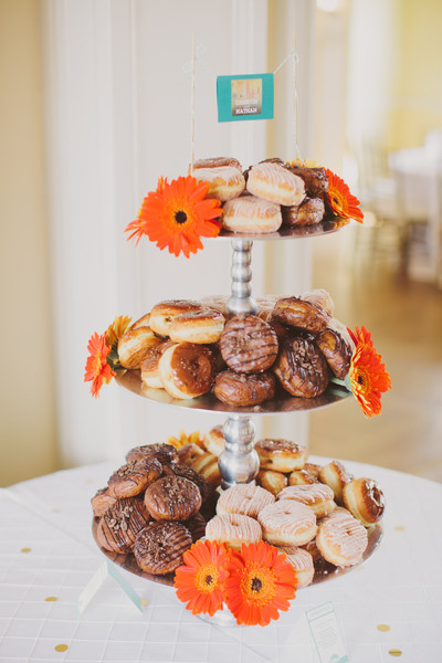 donutdisplays.jpg