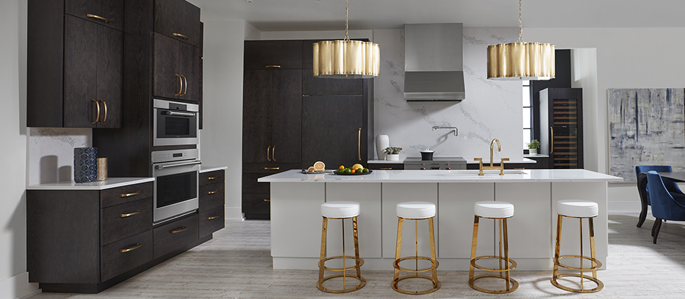 Rohe_Oak_Charcoal_Kitchen_Rohe_Maple_ Divinity_Island_Full Kitchen.jpg