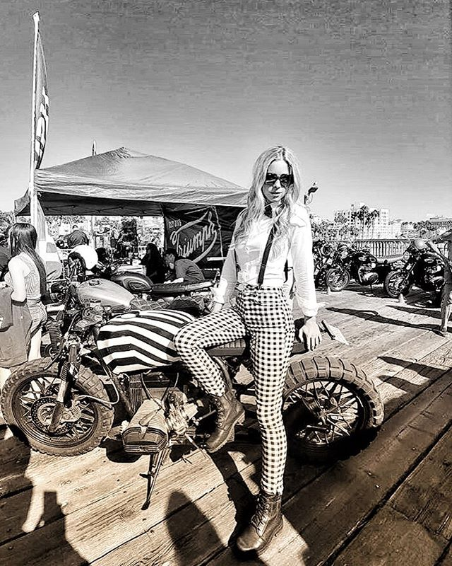 Thank you @gentlemansride for an amazing event. ✨🏍 And thank you @theflyingdutchmanco for letting me rest on your 'StripebikeV3.0' for a sec. 🏁 . . . . . . . . #movember #gentlemansride #gentlewoman #dgrla2019 #dgr2019 #dgr #ridewithstyle #ridedapper #fundraising #menshealth #fuckcancer #dapper