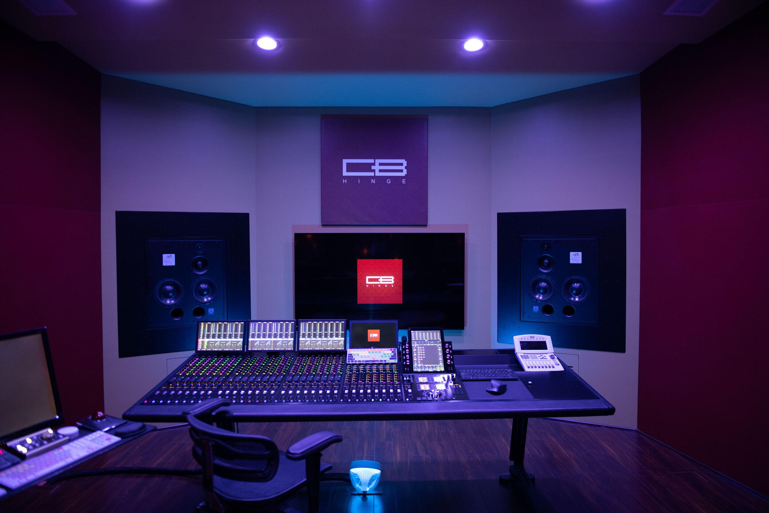 Craig Bauer HINGE studios-4.jpg