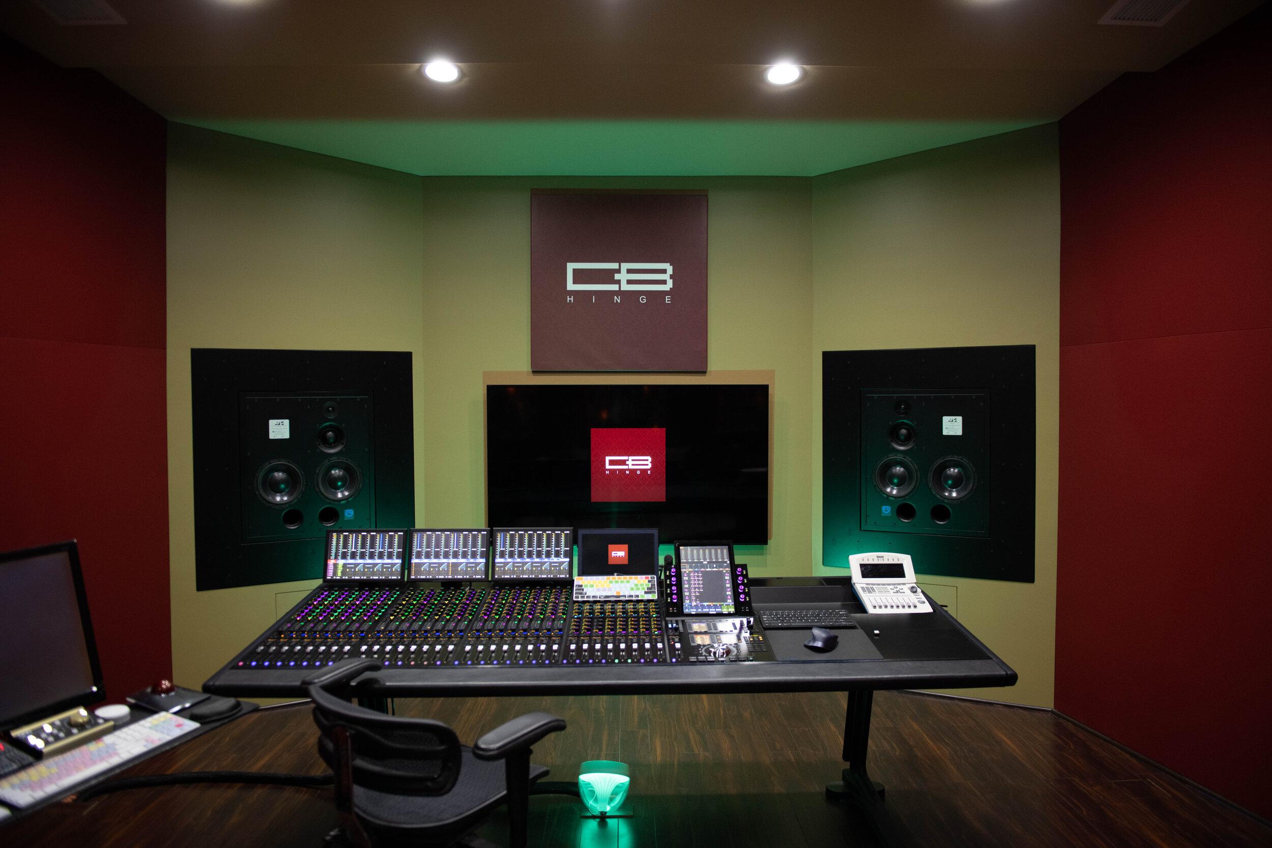 Craig Bauer HINGE studios-5.jpg