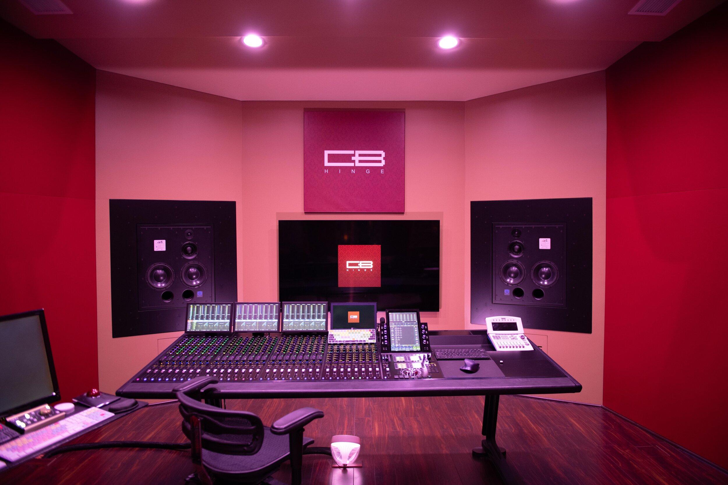 Craig Bauer HINGE studios.jpg