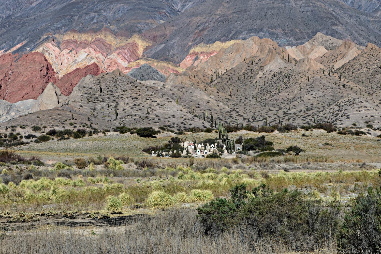 Cemetery facing the sun in the Quebrada del Toro