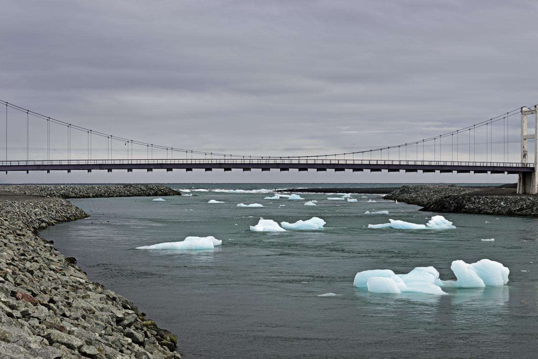 Icebergs headed out to sea at Jökulsárlón
