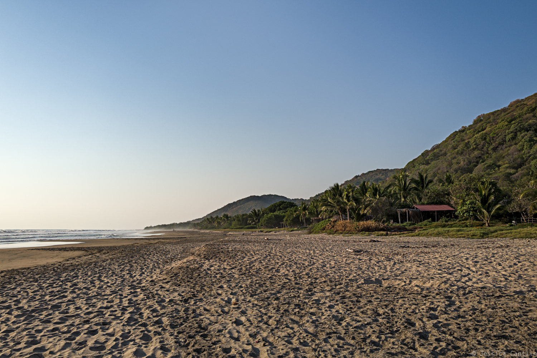Sunrise on Playa Troncones