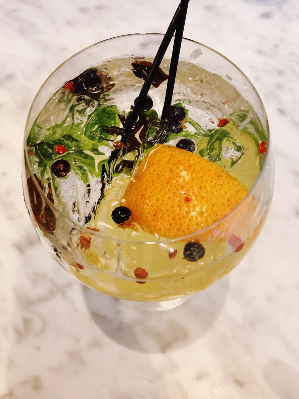 Cocktails at Ben Paris