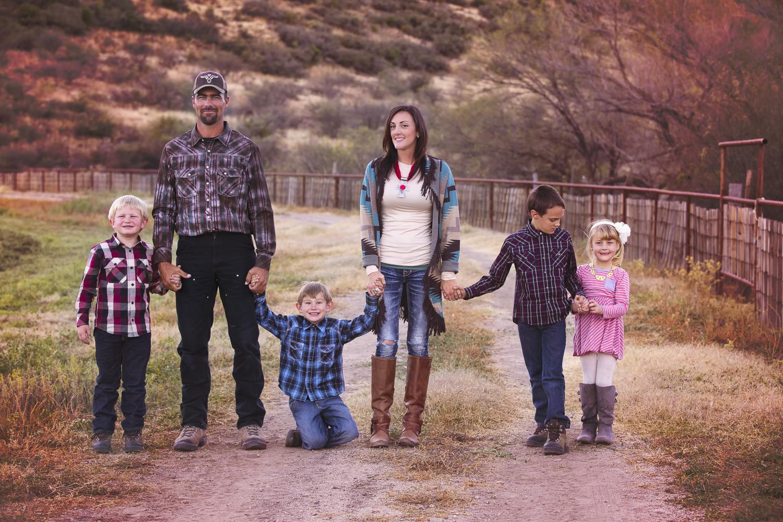 DeEtte Viterbo Life & Family--15.jpg
