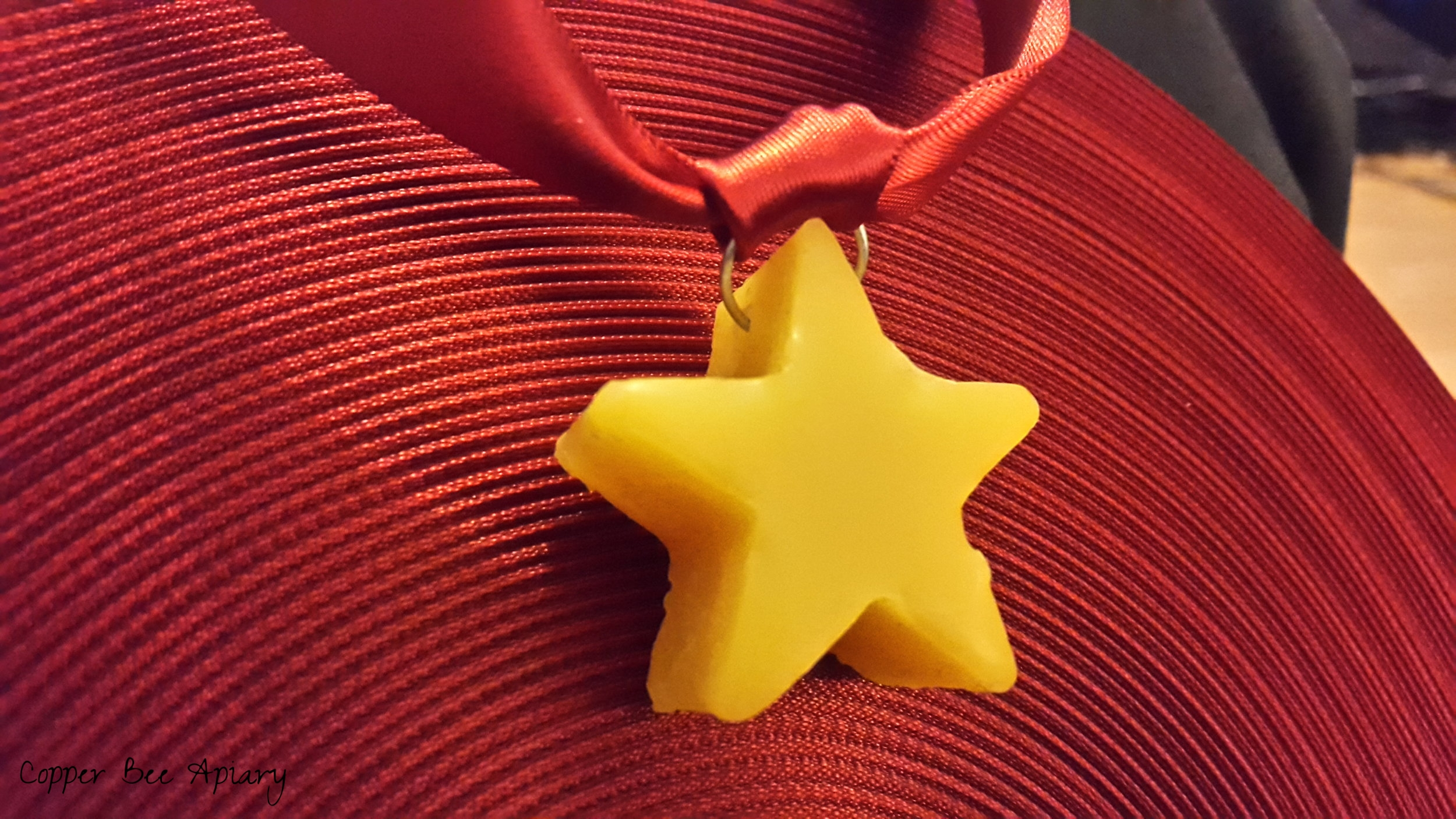 Star with ribbon