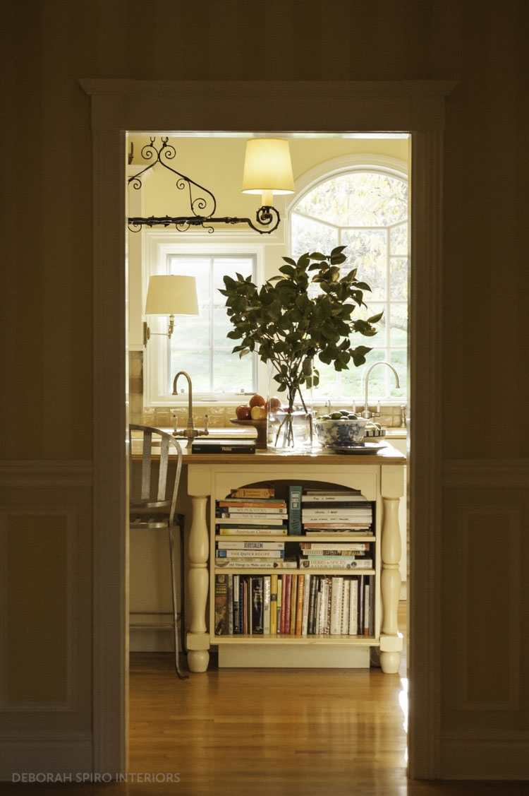 spiro+foyer+kitchen+view copy_tag.jpg
