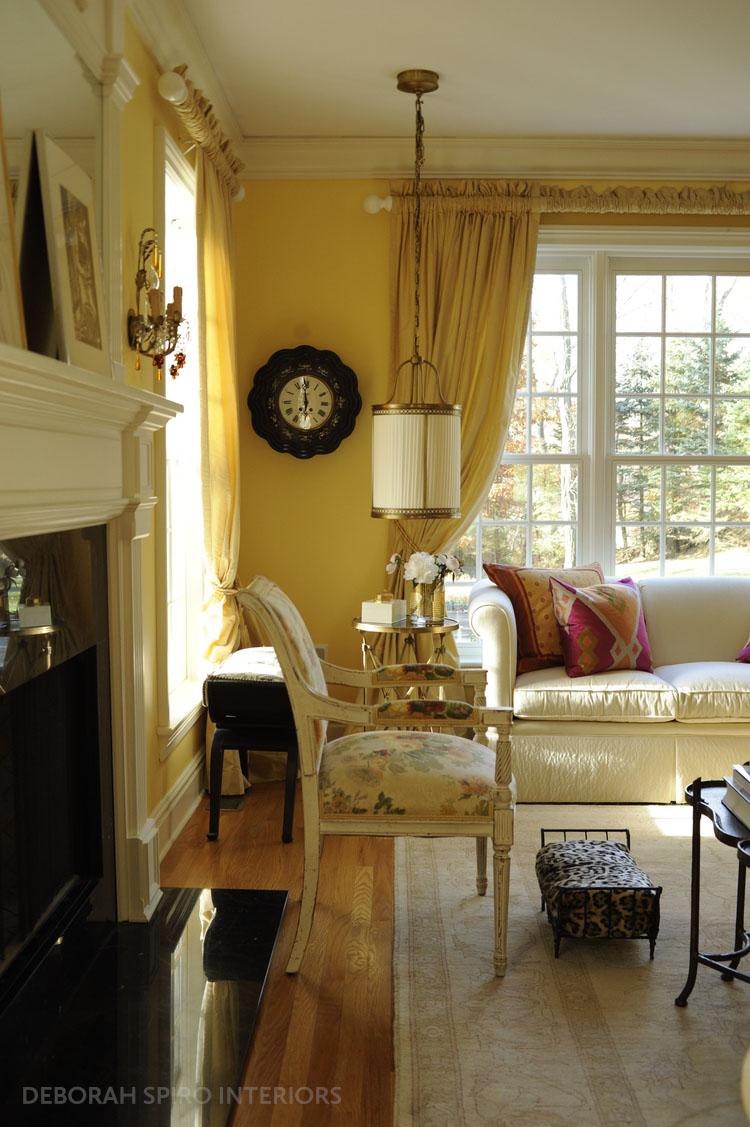 spiro+living+room+clock+view copy_tag.jpg
