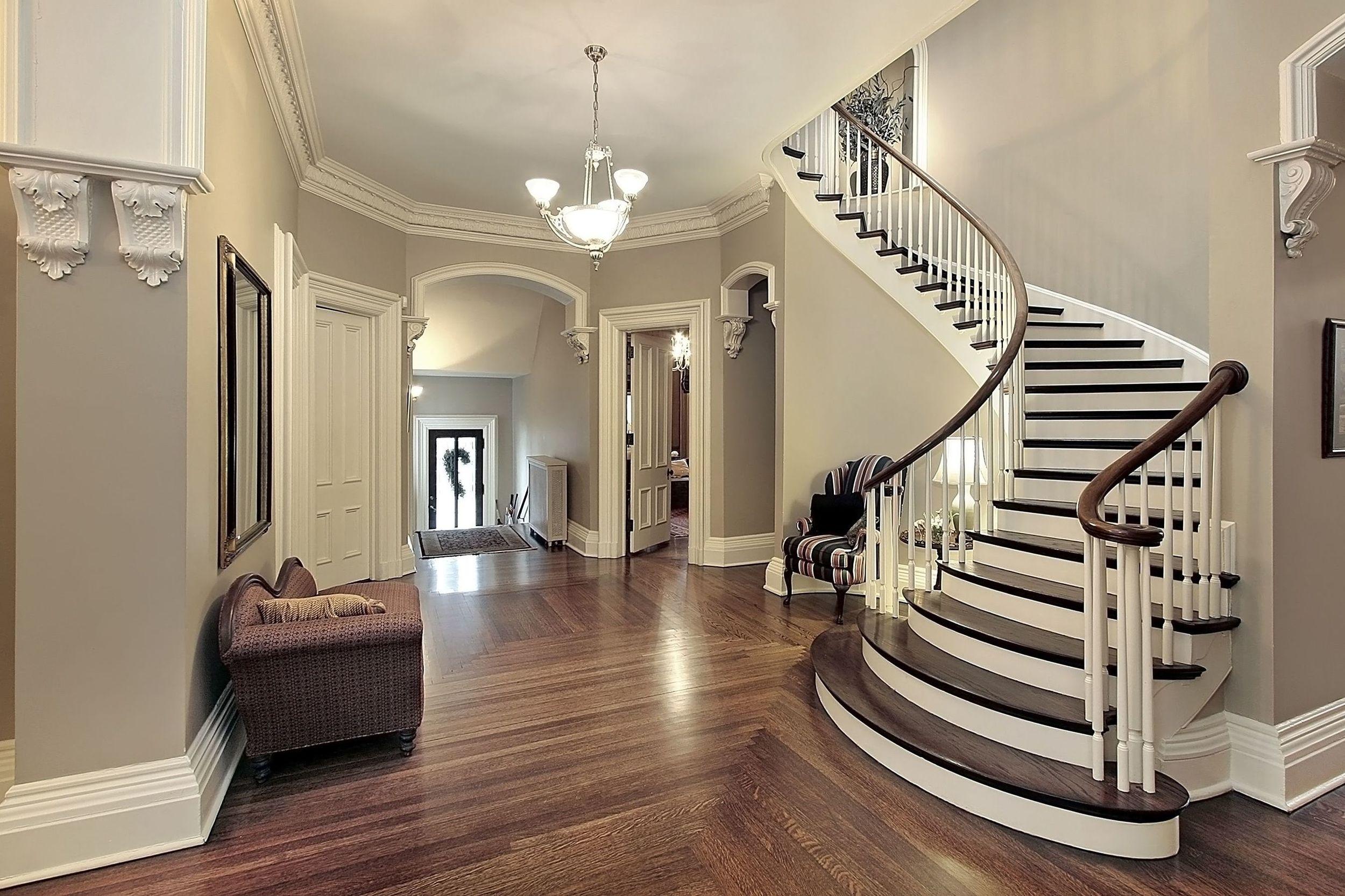 10 Curved Stair.jpg