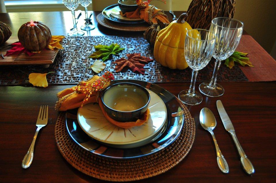 thanksgiving-table-setting.jpg
