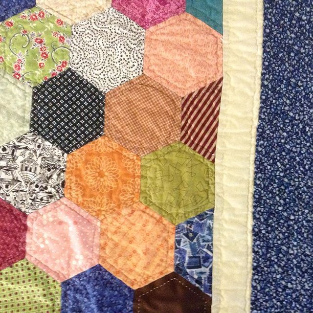 Amazing quilt by Lynne Ramsey--entirely hand-stitched! All set up for the auction at Runnells Hall--beautiful and delicious local items, artwork, lovely hors d'oeuvres and wine. Live auction starts at 7:00. #artstamworth