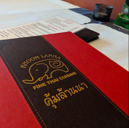 Nothing gets the conversation going like yummy thai food while you discuss the small business economics of running commercial greenhouses, introductions to the hobby and species fun facts.