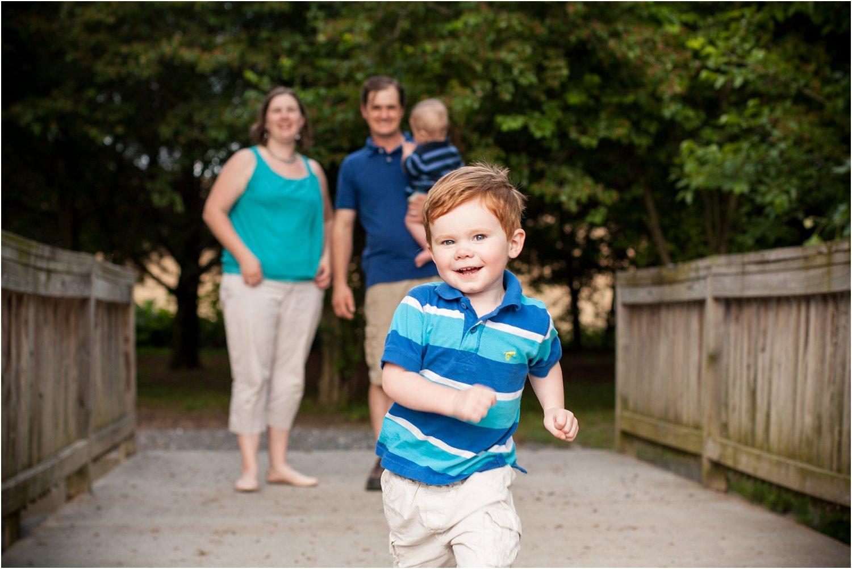 Bridgewater_Arboretum_Family_Portraits_Groggs_0010.jpg